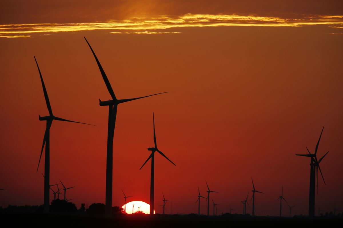 La velocidad promedio del viento aumentó aproximadamente 7% desde 2010 en las regiones del norte de latitudes medias, revirtiendo una tendencia de desaceleración de los vientos en las décadas anteriores