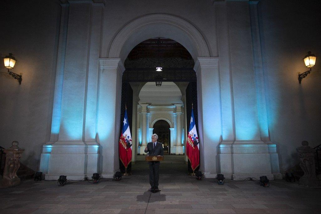 """Sebastián Piñera reconoció que hubo """"uso excesivo de la fuerza"""" contra los manifestantes"""