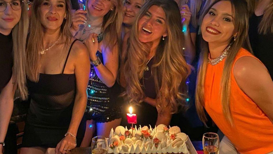 Toda la intimidad del festejo de cumpleaños de Loly Antoniale