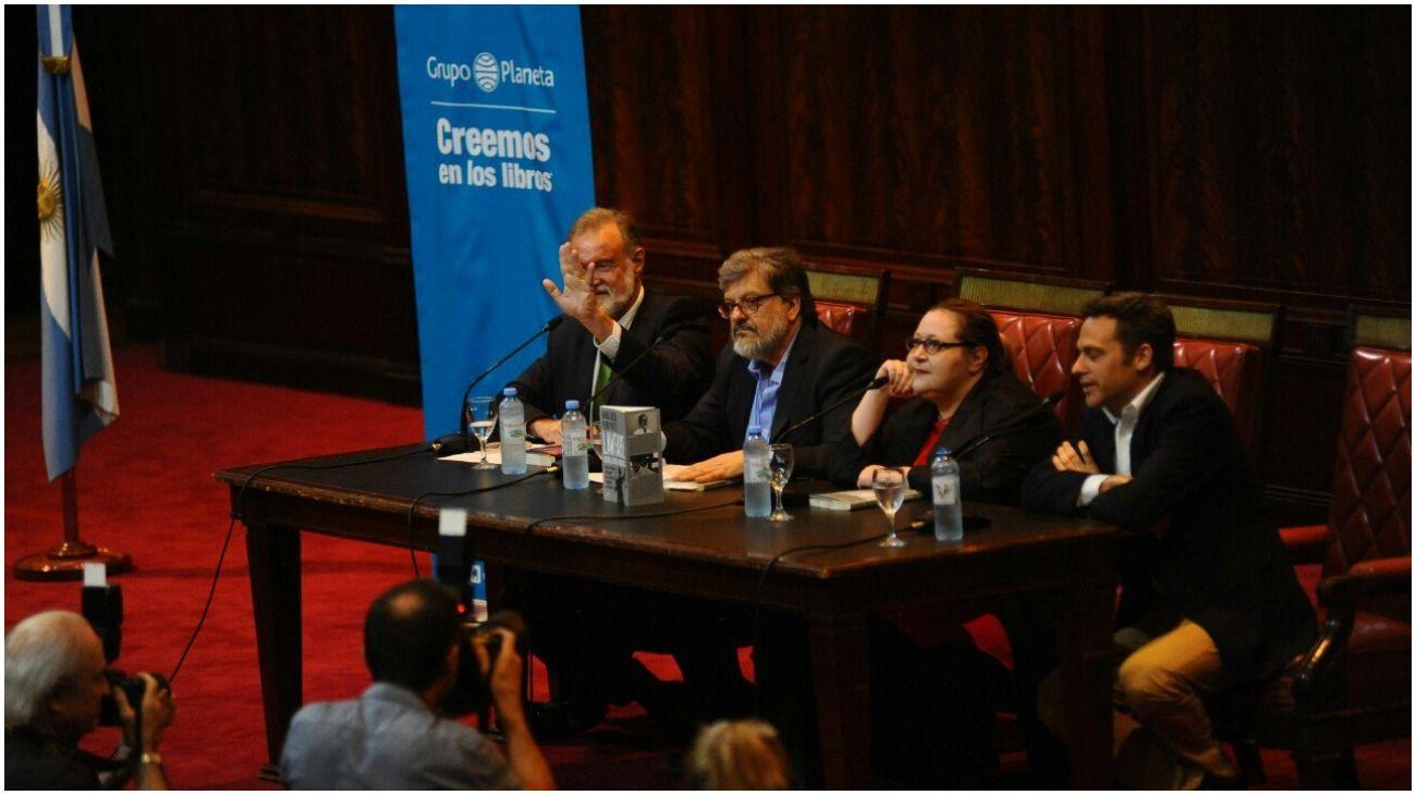 """Rafael Bielsa: """"Los que dicen que va a haber una Conadep y un Ministerio de Venganza son operadores"""""""