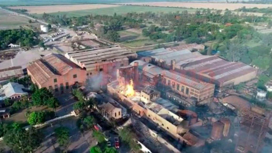 The blaze at the La Esperanza sugar refinery.