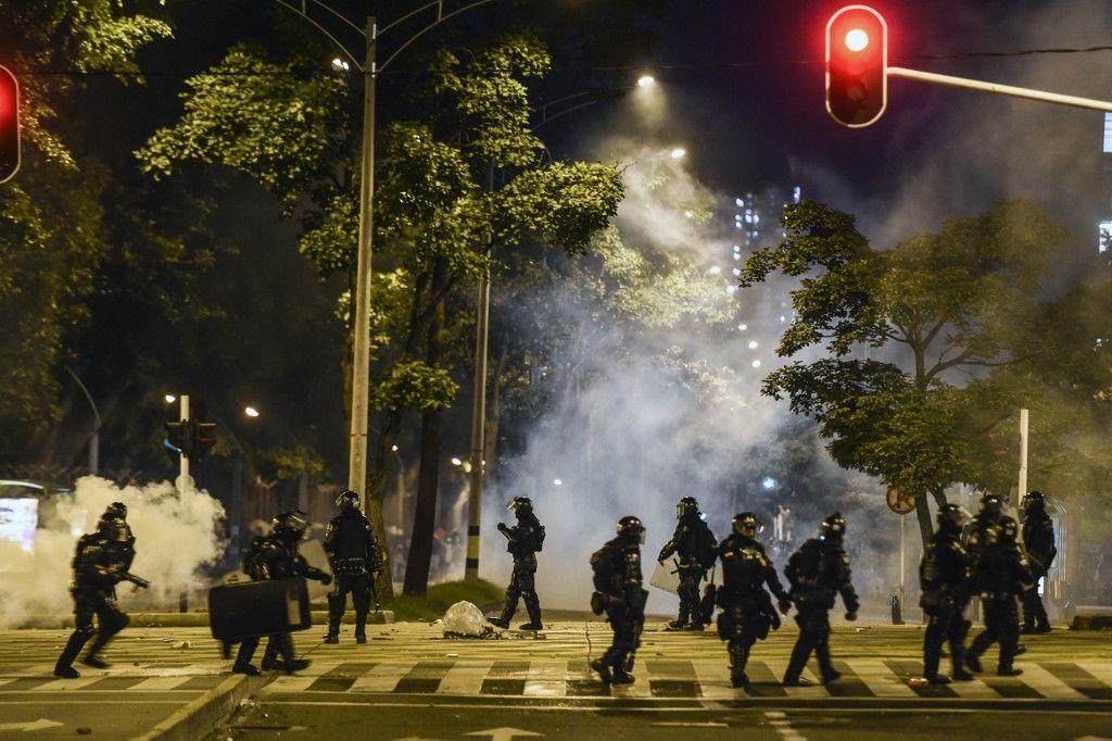 Colombia en alerta máxima: toque queda para Bogotá