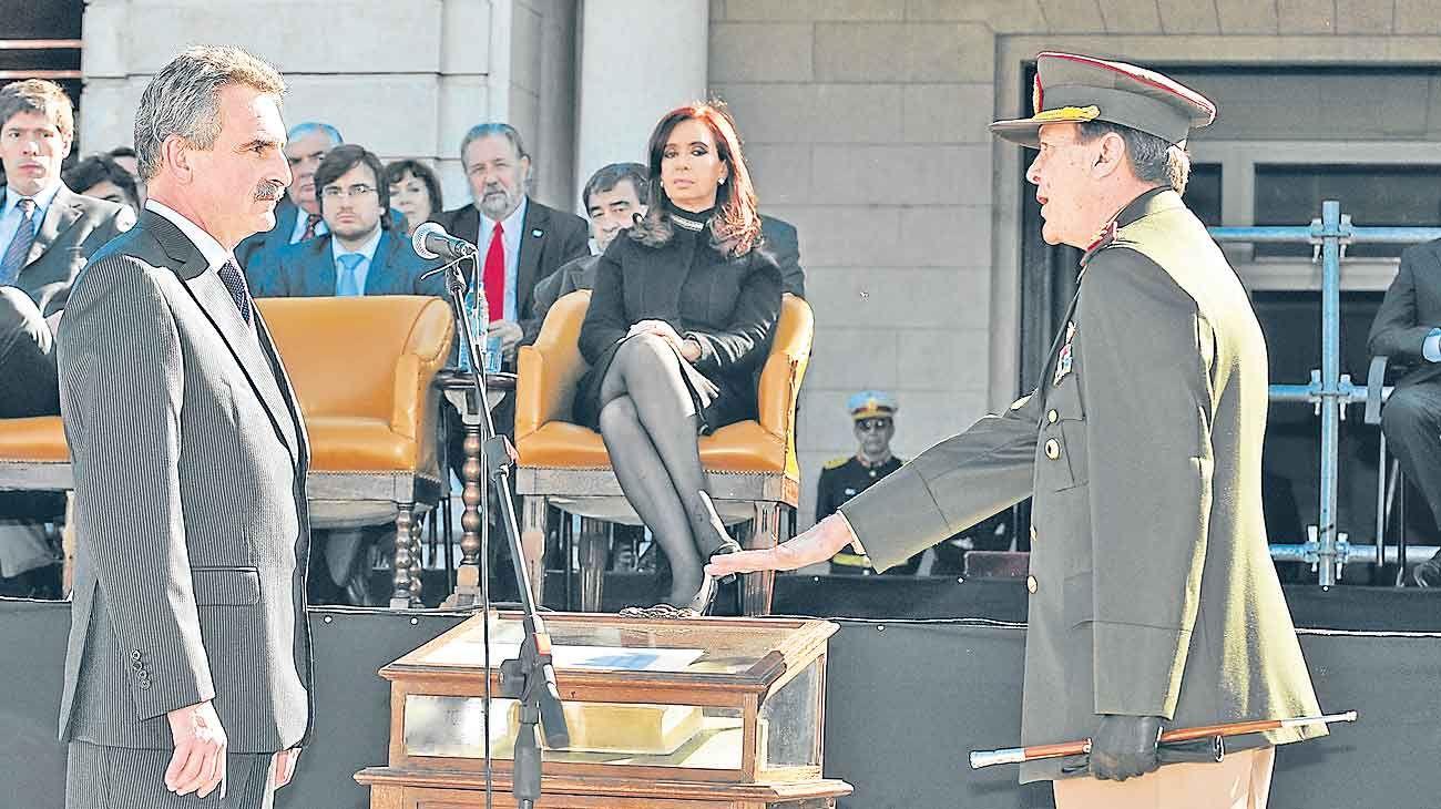 Valores. Agustín Rossi, posible ministro y el recuerdo del rol César Milani al frente del ejército durante la presidecia de CFK.
