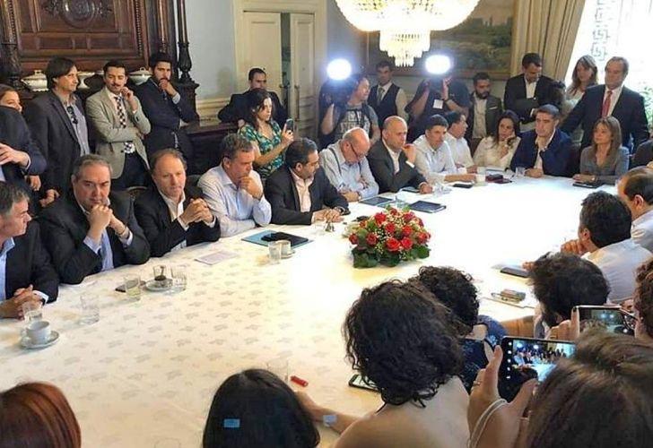 20192411_acuerdo_chile_constitucion_cedoc_g.jpg