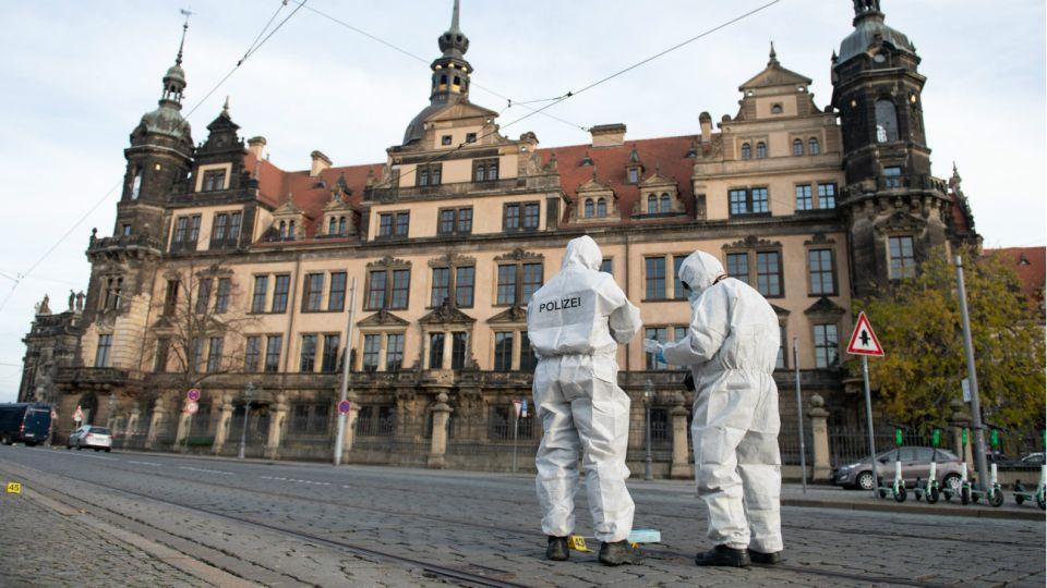 El robo ocurrió el lunes 25 de noviembre en la Bóveda Verde del Palacio de Dresde, la cámara del tesoro de este emblemático castillo alemán.