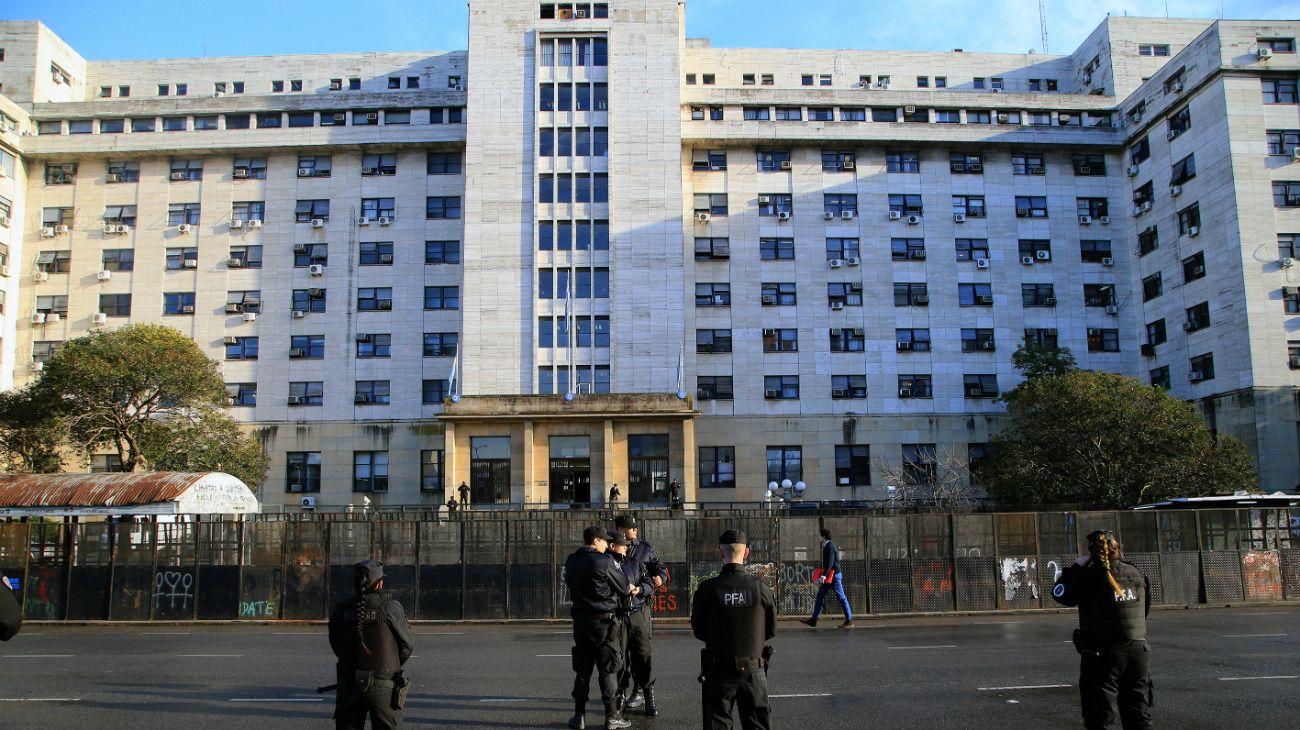 Los Tribunales Federales de Comodoro Py, en el barrio porteño de Retiro.