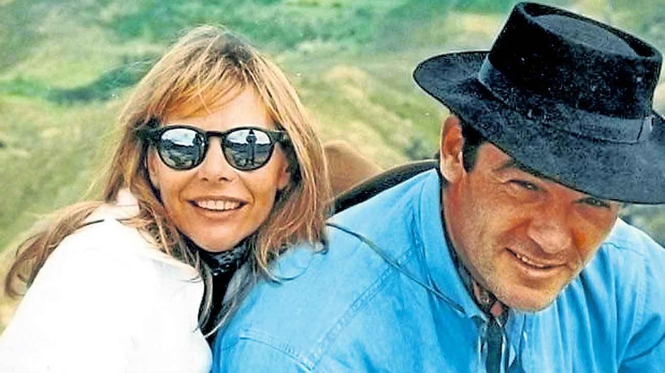 Retratos. Marcelo Macarrón y su esposa Nora Dalmasso se instalaron en Río Cuarto en 1993. Tuvieron dos hijos: Facundo y Valentina. En 2006 ella fue estrangulada con un lazo en su casa del barrio Villa Golf.