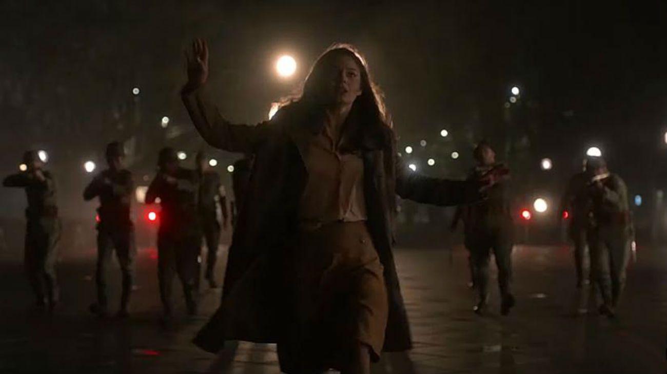 Heroína. Alexa Davalos es Juliana en El hombre en el castillo, siempre del lado de la resistencia.