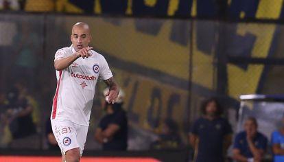 Santiago Silva metió un golazo en el empate entre Boca y Argentinos.