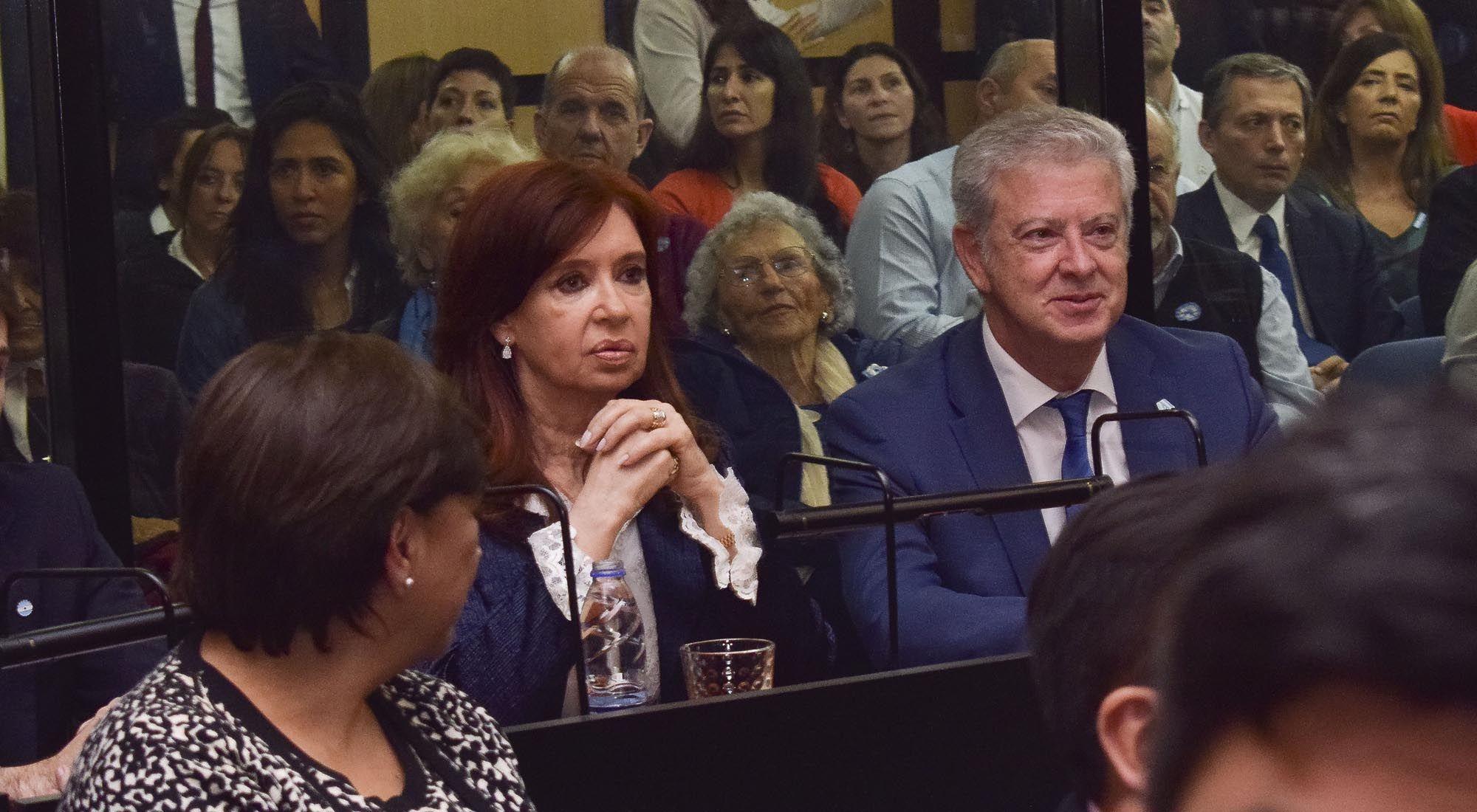 Cristina Kirchner declara nuevamente en los tribunales federales de Retiro.