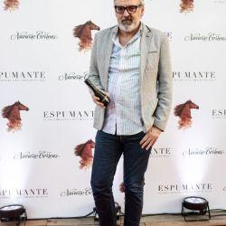 """Rodeado de celebrities, Navarro Correas presentó """"Espumante, el excéntrico caballo de polo"""""""