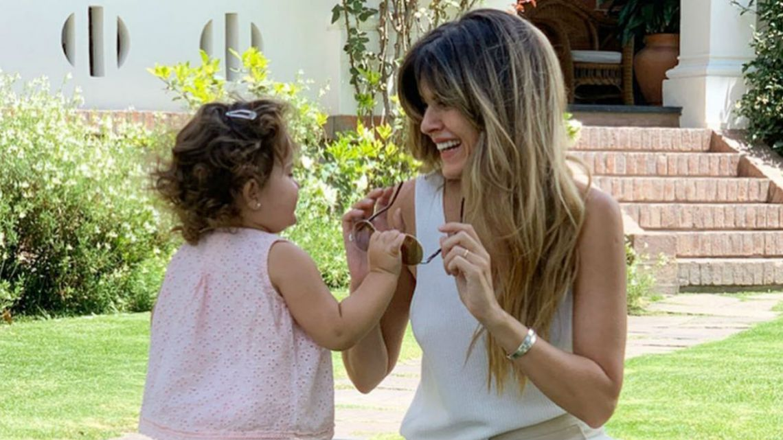 Isabel Macedo con Belita