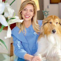 Fabiola Yáñez junto a su perro Dylan | Foto:Cedoc