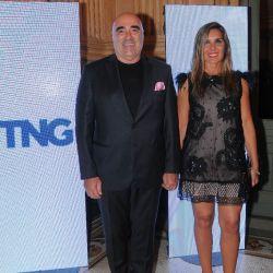Luis Schenone, CEO de Vei comunicación y su esposa.   Foto:Equipo de Fotografía de Perfil