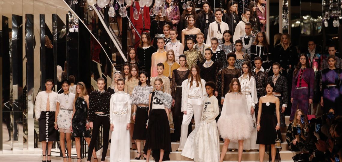 En fotos: así fue el desfile de Chanel que recreó el hogar de Coco