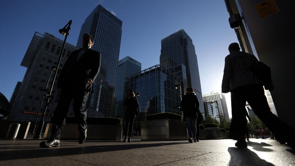 Moody's Cuts Outlook for U.K. Banks, Citing Brexit Concern