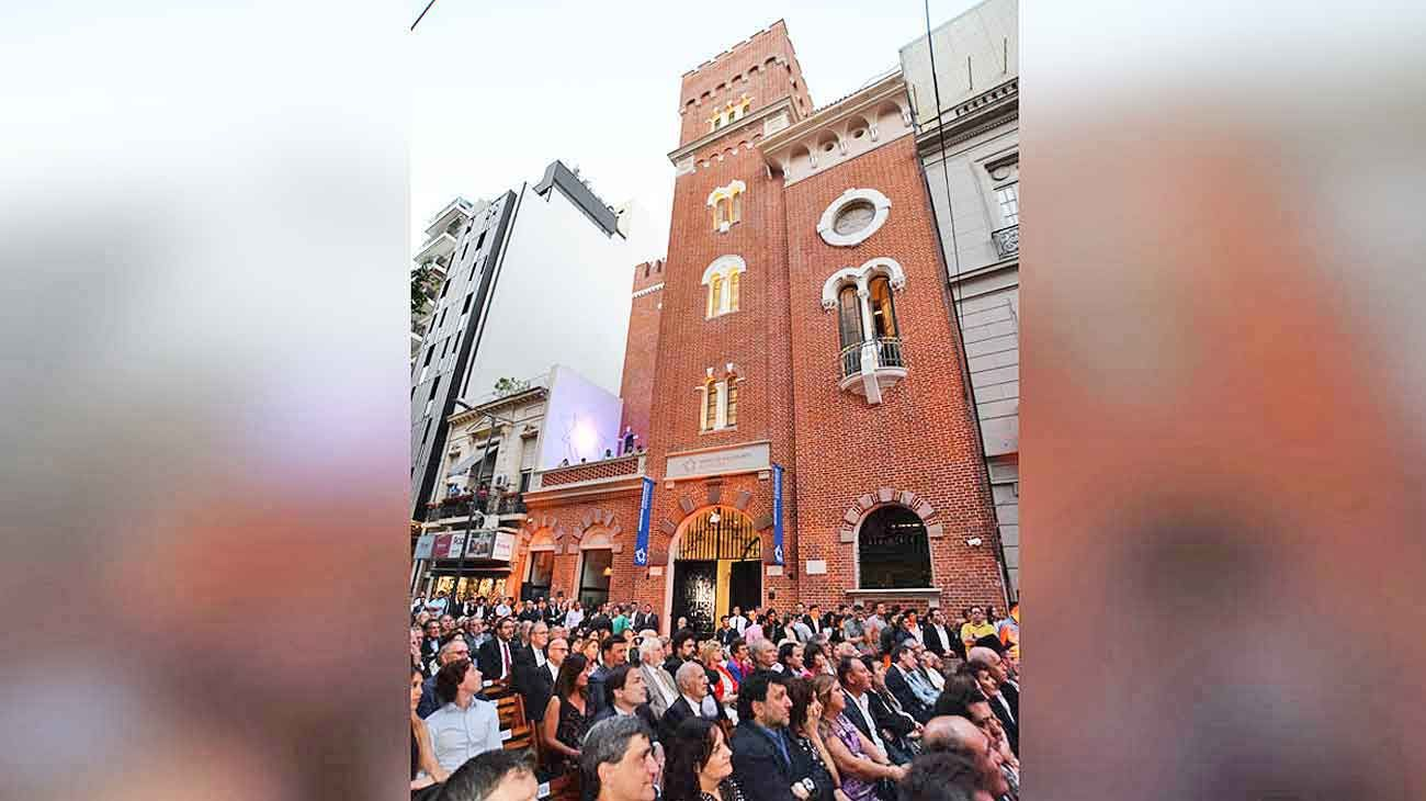 Evento. La antigua usina de la calle Montevideo porteña es hoy un espacio que convoca a todos.