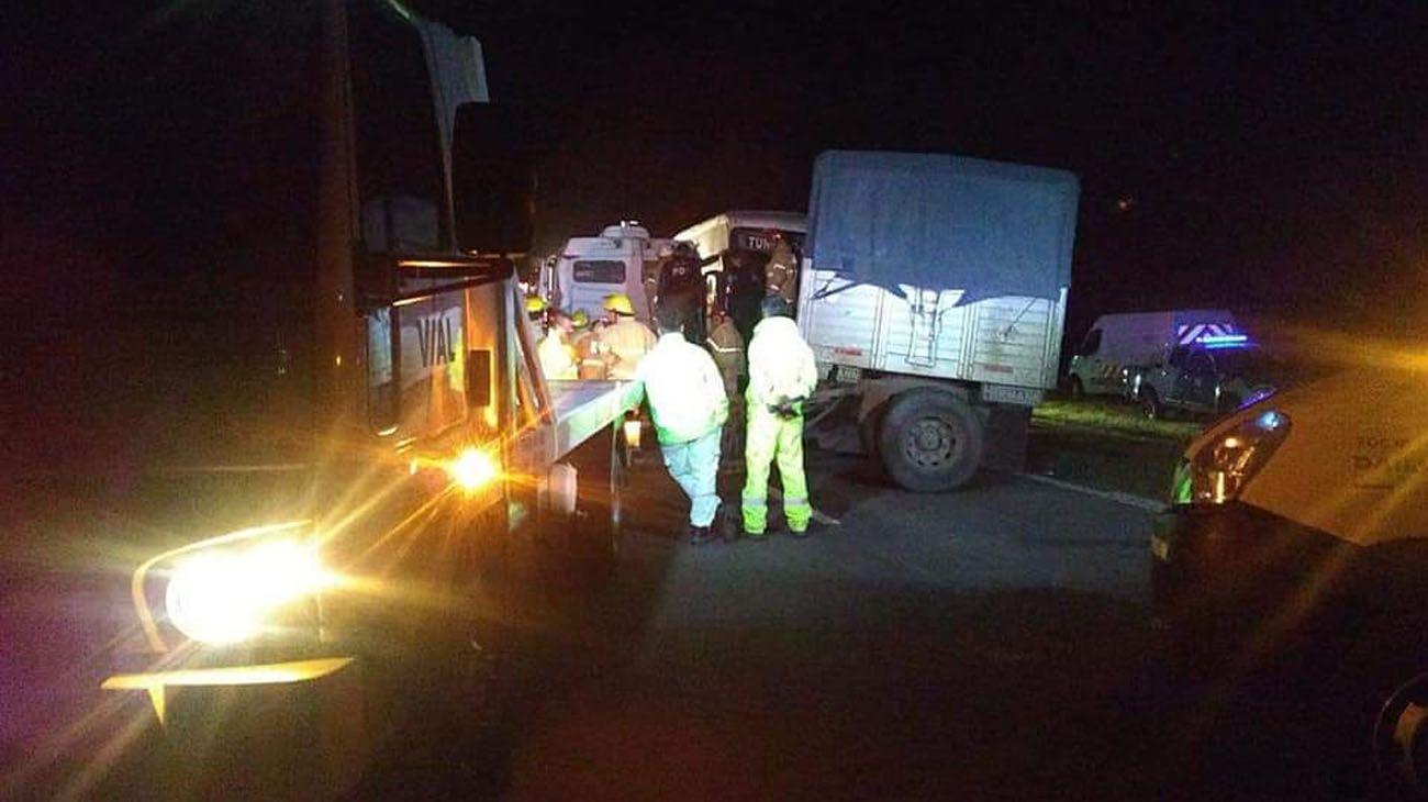 El accidente ocurrió en el kilómetro 105 de la Autopista Santa Fe - Rosario
