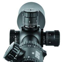 El tubo de la Skorpion tiene un diámetro de 30 mm, lo que nos garantiza una corrección suficiente.