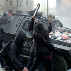 RECLAMOS. La insatisfacción de la gente genera inestabilidad política. | Foto:Foto: Dragomir Yankovic / Aton Chile / Focouy.