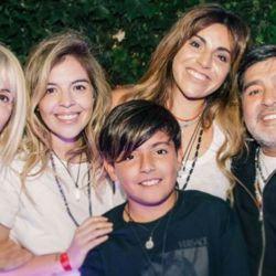 Claudia, Dalma, Gianinna, Diego y Benjamin