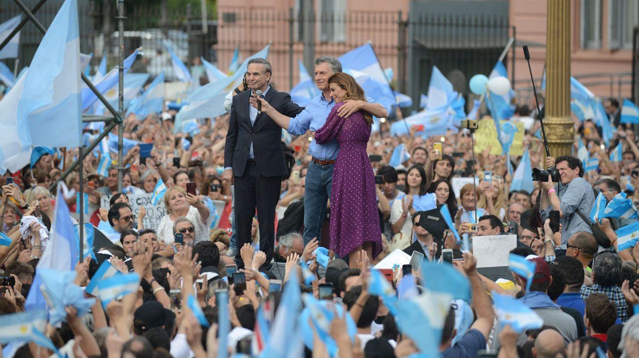 Archivo: en 2019, Macri se despidió de sus votantes en una Plaza de Mayo casi colmada.