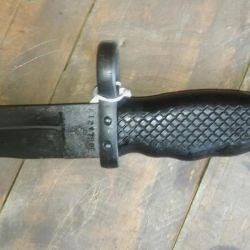 Al llegar el año 1969, se introducen varias modificaciones sobre la bayoneta.