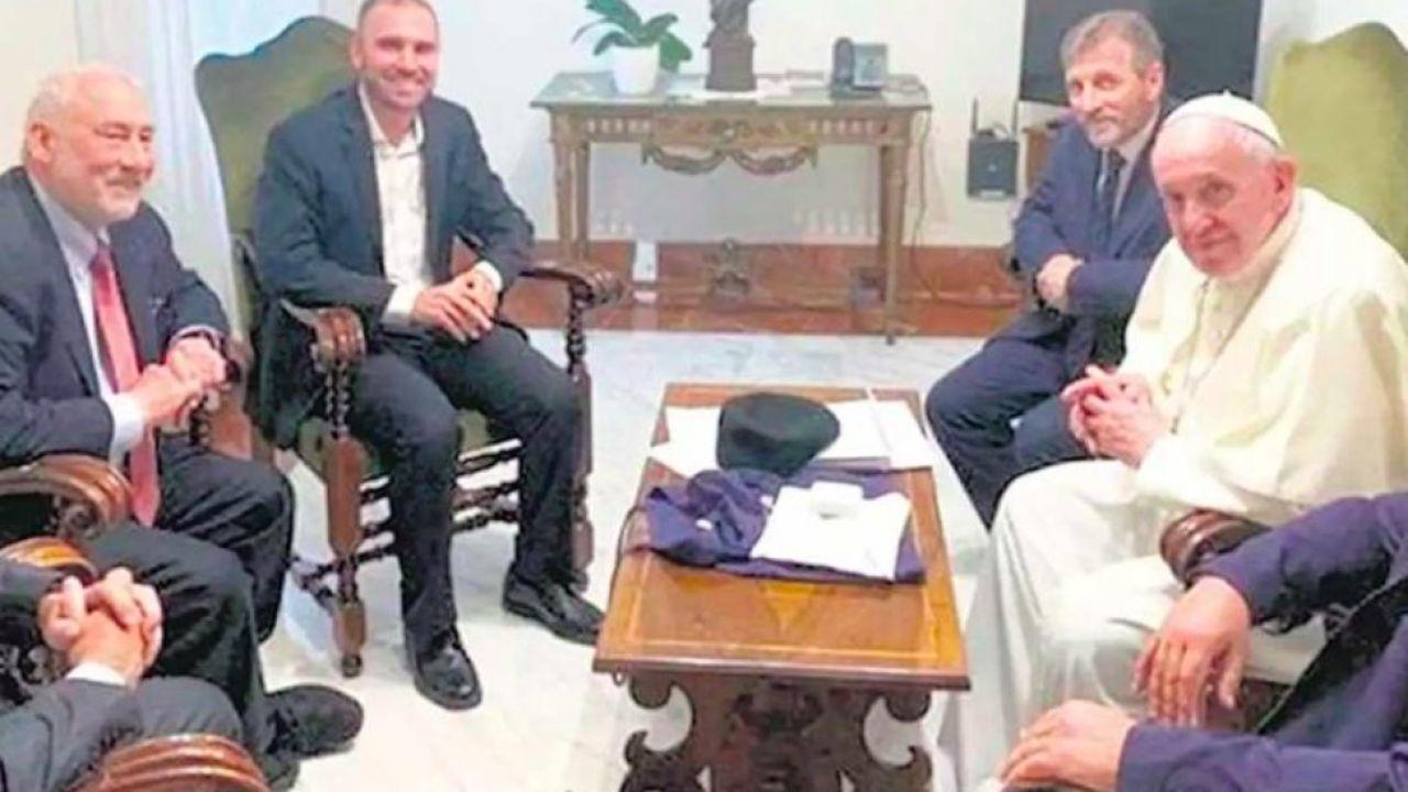 Martín Guzmán con el Papa   Foto:Cedoc