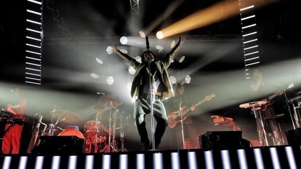 """La banda de Adrián Dárgelos repasó casi íntegro su último álbum, """"Discutible"""" y otros hits."""