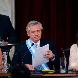 Alberto Fernández y Cristina Kirchner en pleno discurso de asunción | Foto:Pablo Cuarterolo
