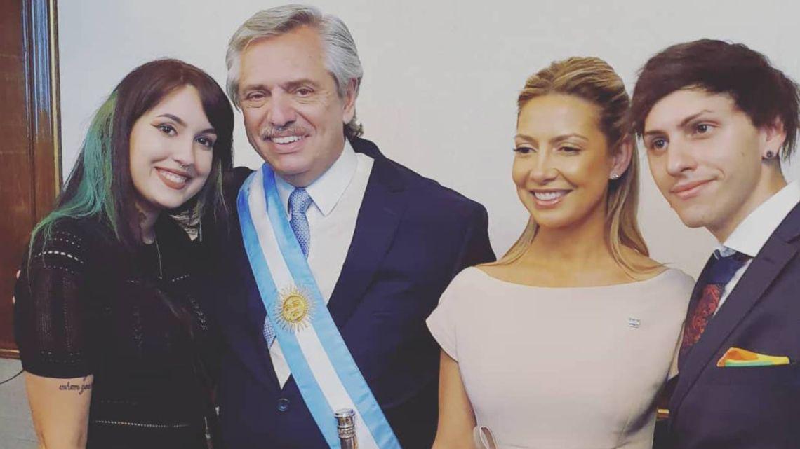 Estanislao Fernández, junto a su novia: recorrida en redes y fotos en la Casa Rosada