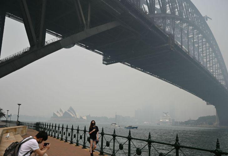 La ciudad de Sidney quedó envuelta en una neblina tóxica.