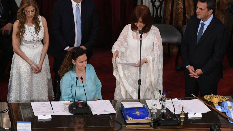 Asunción Presidencial 1012209