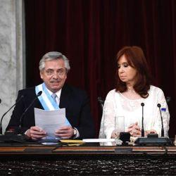 Alberto Fernández y Cristina Kirchner durante el discurso de asunción | Foto:Pablo Cuarterolo