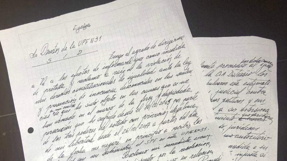 La carta escrita de puño y letra por el exministro Julio De Vido.