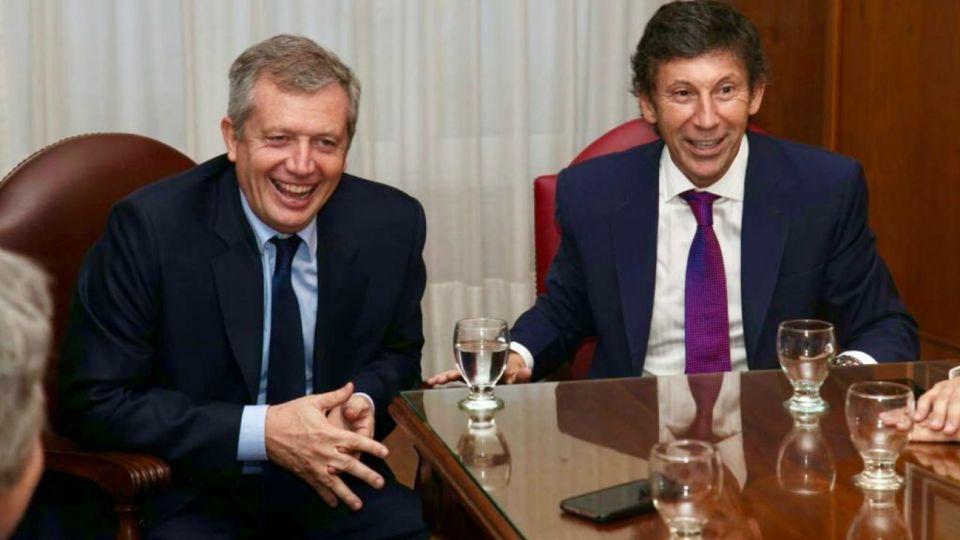 Emilio Monzó y Gustavo Posse salen a disputar la conducción de la oposición.