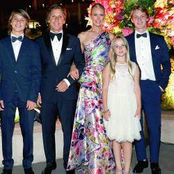 Las mejores fotos de la gala benéfica de Valeria Mazza