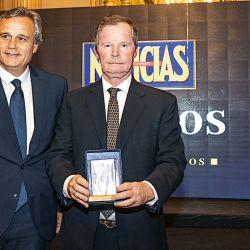 Pablo Armagni, director de Comunicación e Imagen de Telefónica/Movistar, y Juan Carr | Foto:Equipo de Fotografía de Perfil