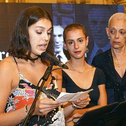 La esposa e hijas de Marcelo Zlotowiazda | Foto:Equipo de Fotografía de Perfil