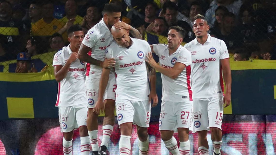 Argentinos Juniors are sitting pretty ahead of the likes of Boca Juniors, River Plate and Racing Club.