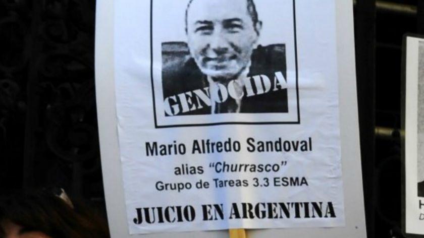 ▷ Expolicía de la dictadura Sandoval llegó a Argentina extraditado desde Francia