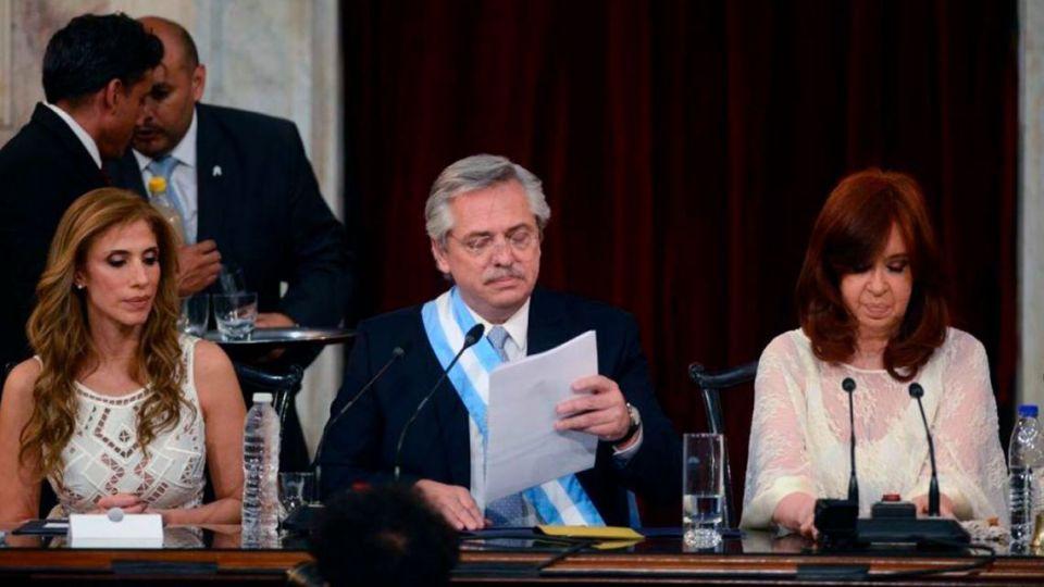 Alberto Fernández y Cristina Kirchner en la asunción.