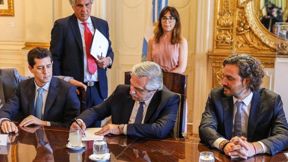El presidente reunido con los gobernadores.