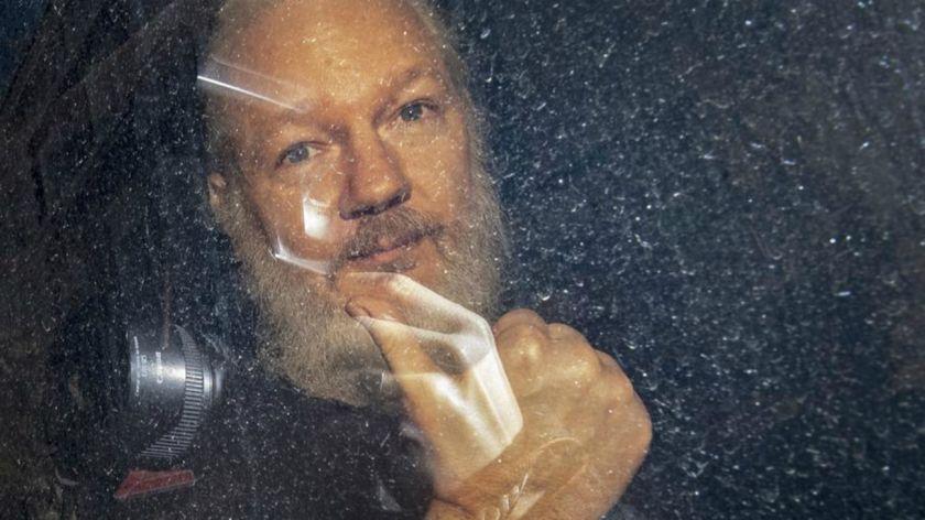 Juez español interrogará a Julian Assange por espionaje en embajada ecuatoriana