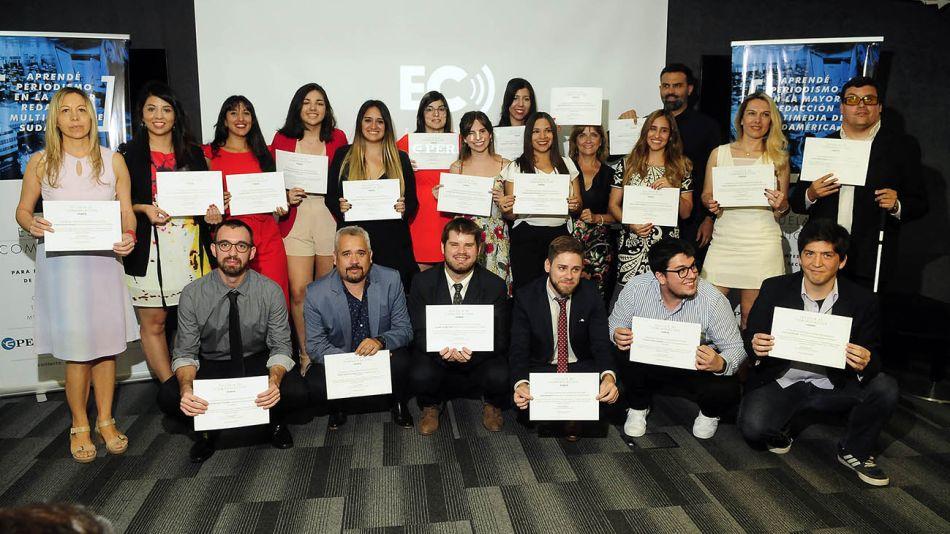 20191219 - Acto Egreso Escuela Comunicacion PERFIL