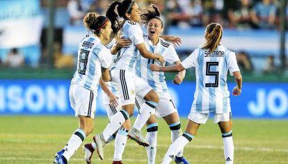 Epico. La Selección logró su primer punto en el Mundial de Francia.