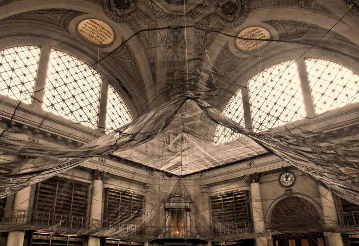Ex Biblioteca Nacional. Exposición Argentum Regina en el Museo de Arquitectura y Diseño de Buenos Aires.