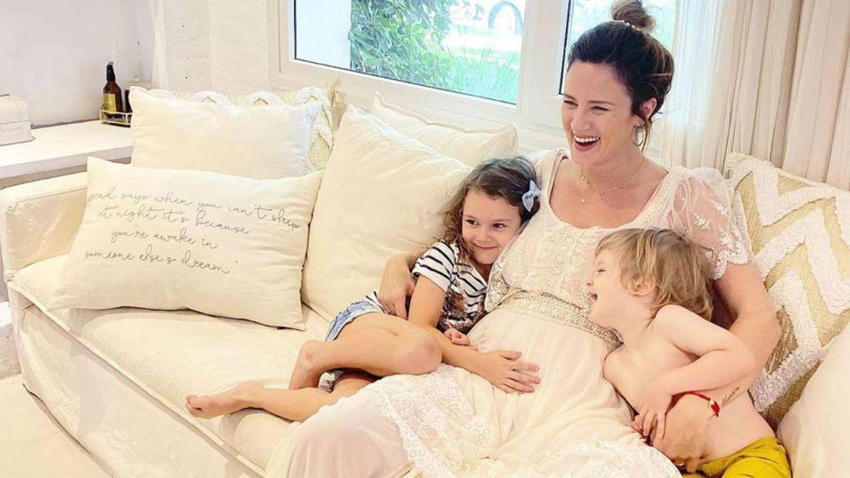 Paula Chaves confirmó su embarazo