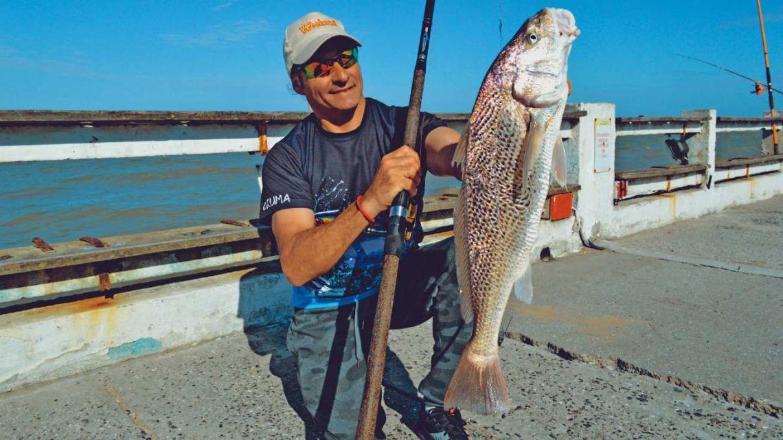 Pesca asegurada en los 5 muelles del Partido de la Costa