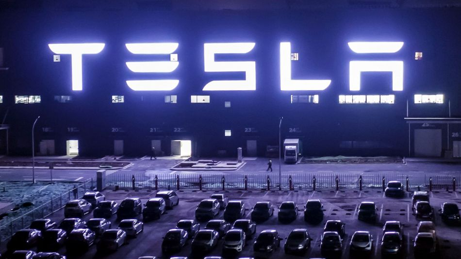 Tesla Secures More Than $1.4 Billion in Financing from China